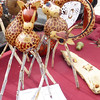 Adorable giraffes made from small gourds