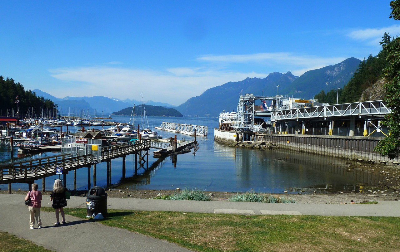 Spectacular Horseshoe Bay looking out at Howe Sound!