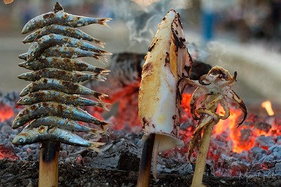 Sardines & Calamare on fire