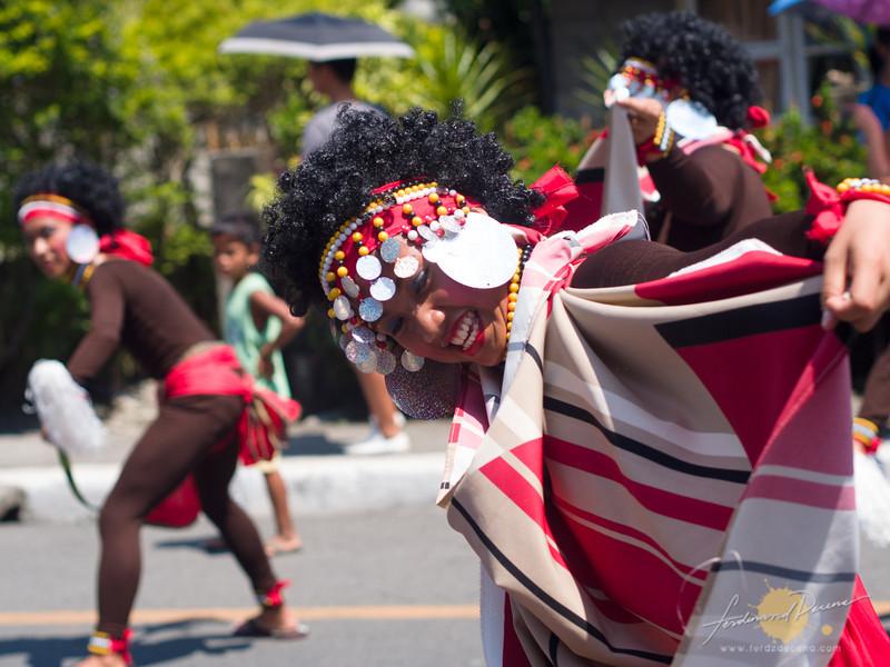 Tribu Ari-Tau from Aritao performs at the street