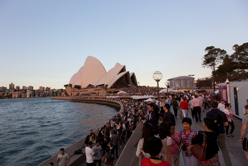 Lining up for concerts, Opera House, Sydney