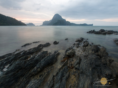 Backpack Photography El Nido Photo Tour Cadlao Island View from Caalan Beach