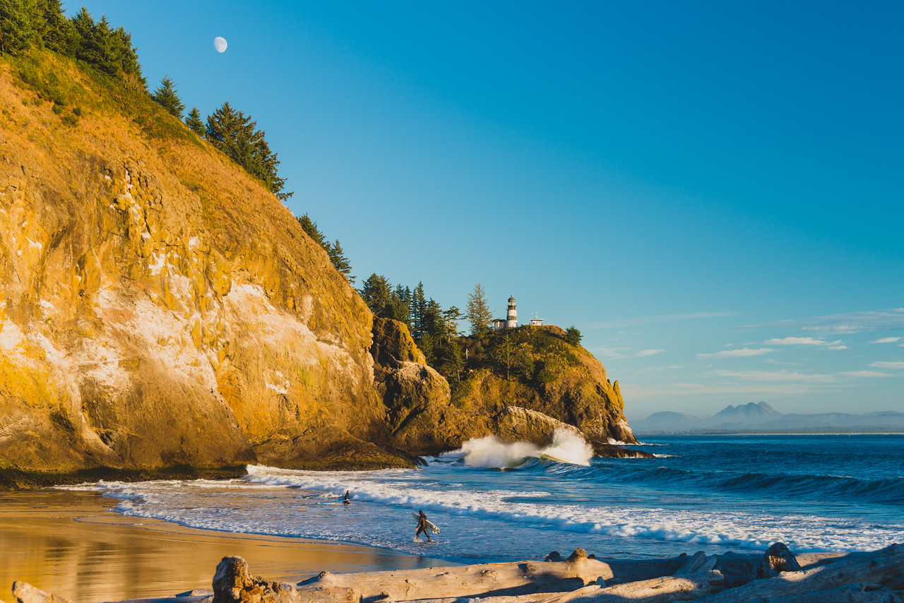 Surfing at Cape Disappointment