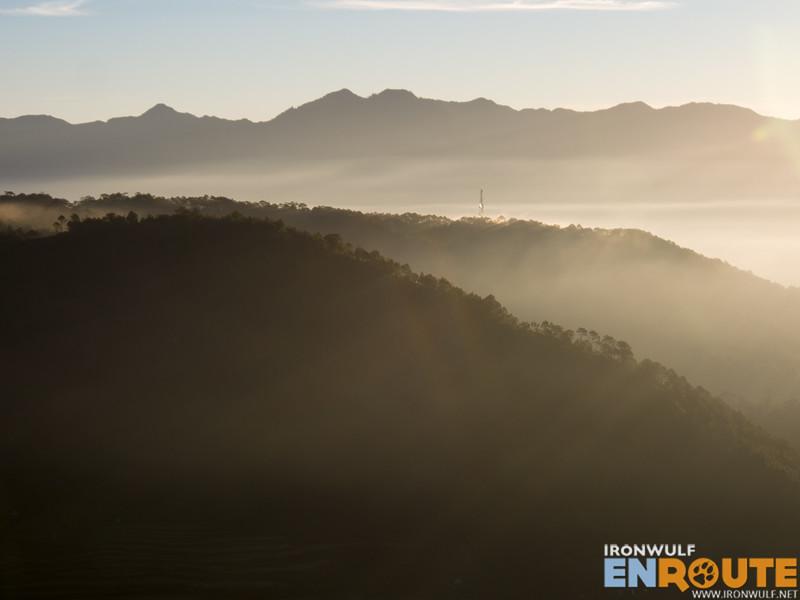 Mountain gradients on the horizon