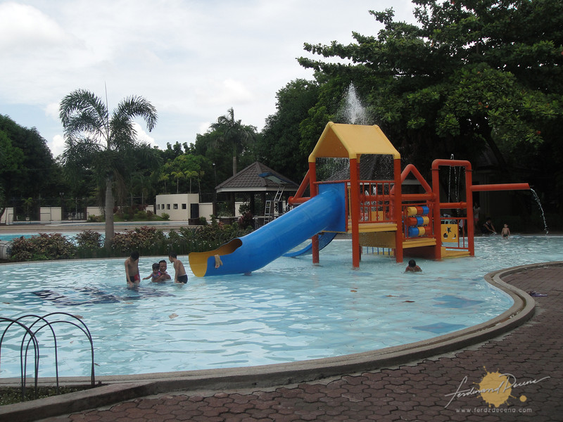 RAVE Waterpark children's pool