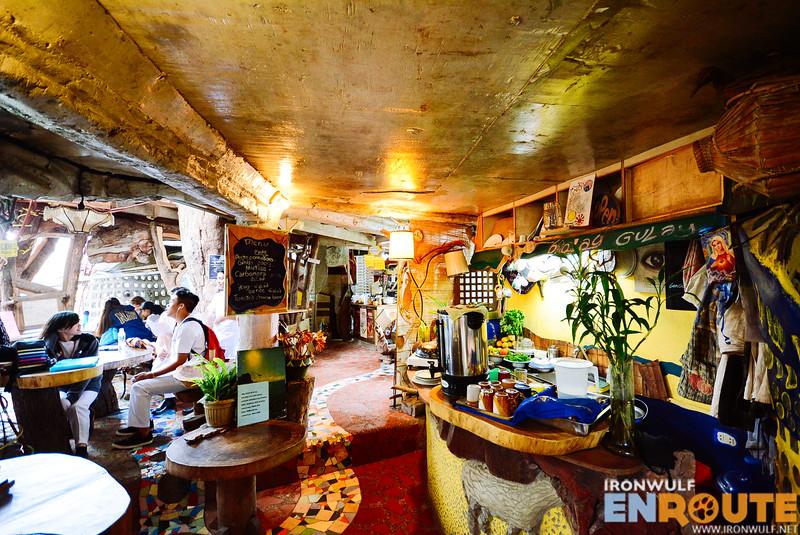 One of the food establishments at Ili-likha