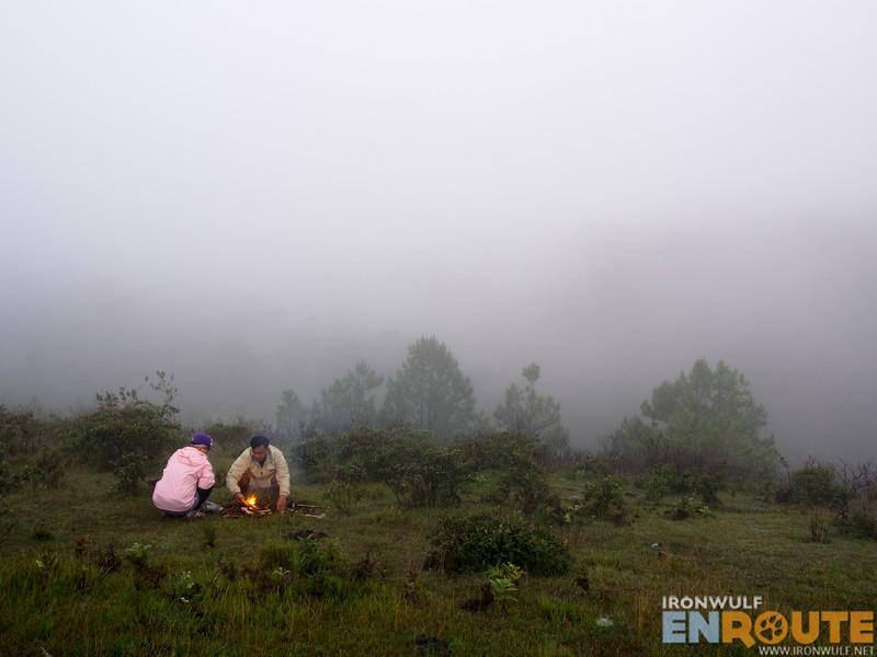 Yaki and Garreth preparing the camp fire