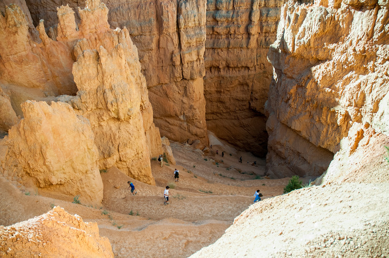 Wall Street descent, Bryce Canyon