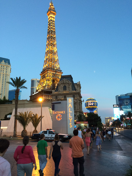 Pam and the kids walk along the Strip in Las Vegas.