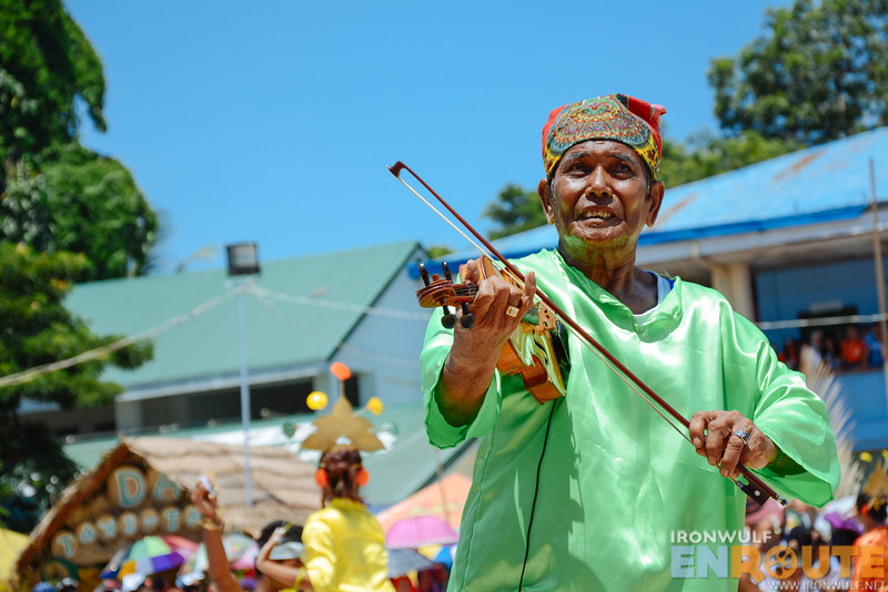 This violin player from Sibutu carried the group's performance