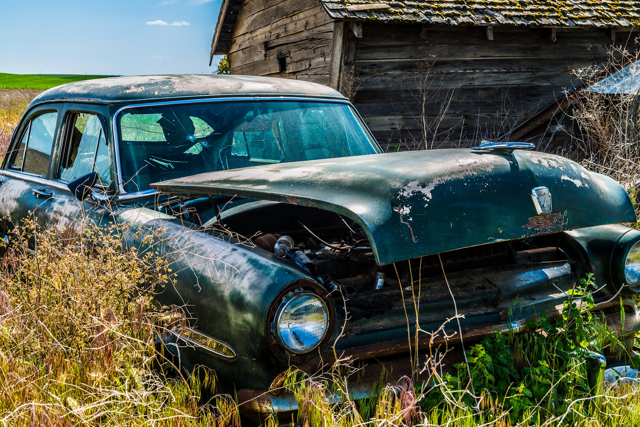 Abandoned Car in the Palouse