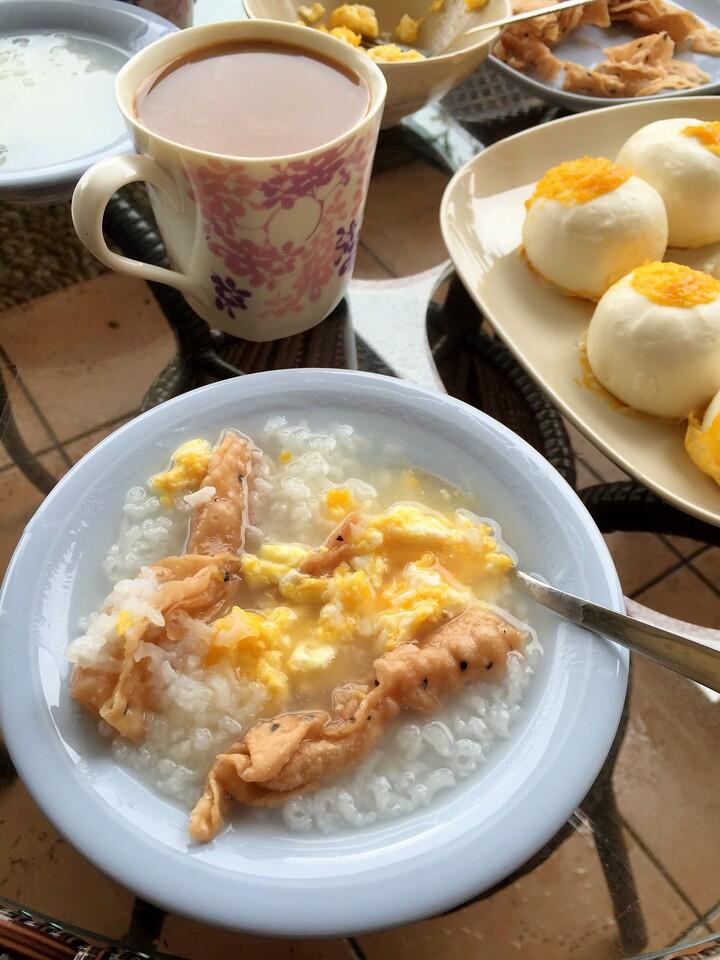 Combination eastern/western breakfast