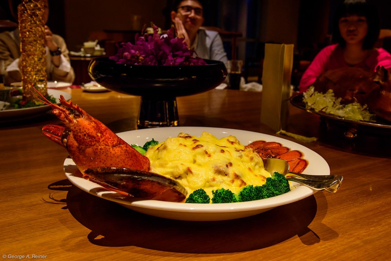A sort of lobster fettucini alfredo