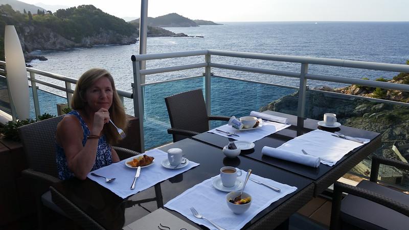 Last breakfast...