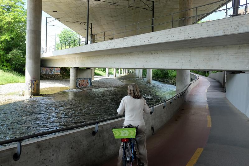 Road down a river, Zurich