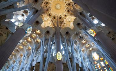 2015 Barcelona - La Sagrada Familia - Interior 2