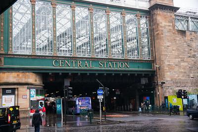 Around Glasgow - Central Train Station