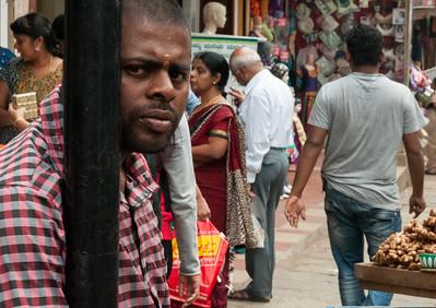 market scene from 8th cross, Sampige Rd, Bangalore