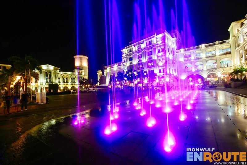 The fountain at the Balanga Plaza Mayor
