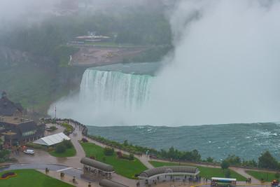 Leon Niagara Falls
