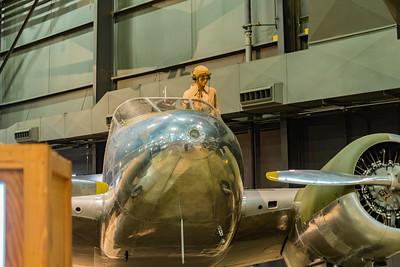 Memorial to women in WWII Aviation