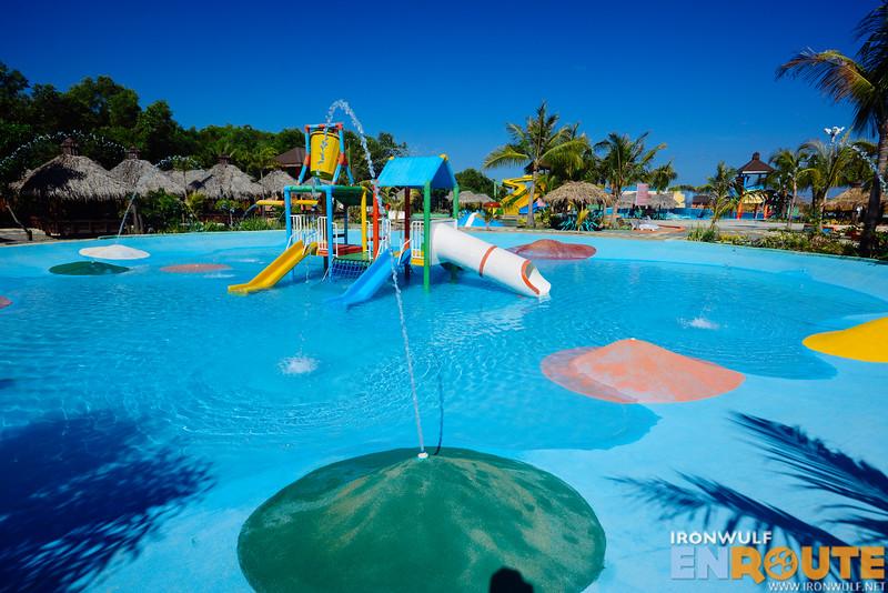 Shallow pool for kids