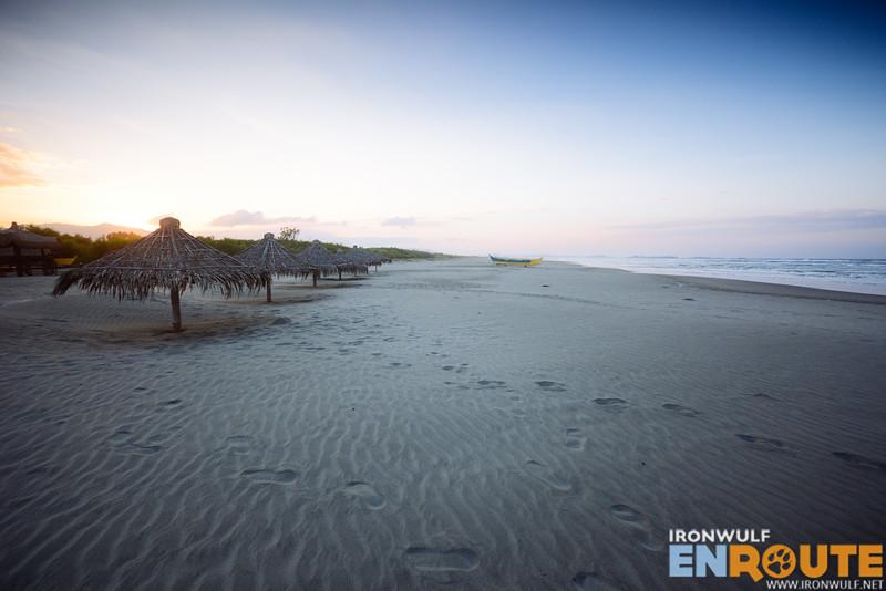 Wide gray sands