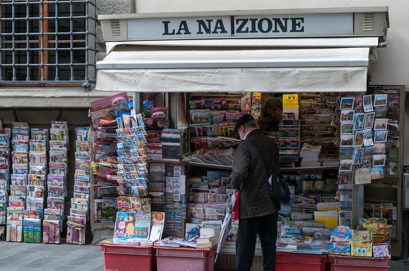 News vendor, Florence.