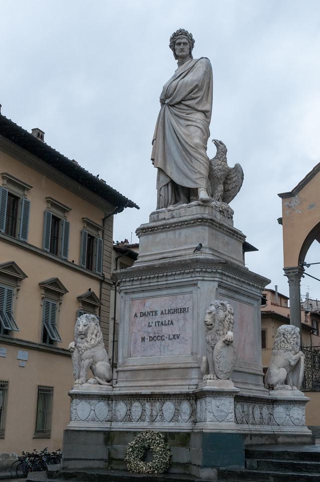 Statue of Dante outside Santa Croce cathedral.