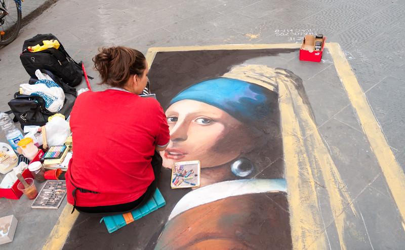 Sidewalk artist - Florence