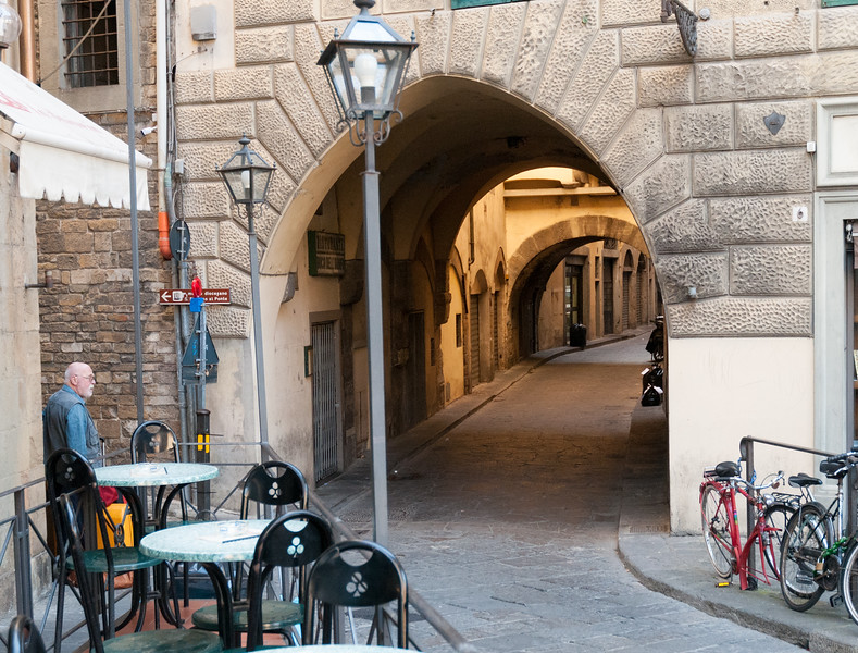 A narrow lane in Florence.