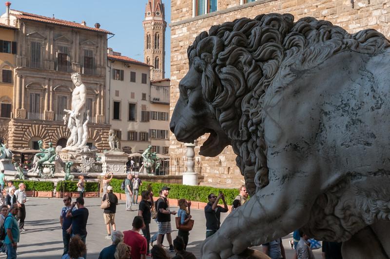 A lion guards the Piazza della Signoria - Florence