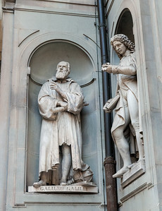 Statues of Galileo and Micheli in the courtyard of the Uffizi - Florence.