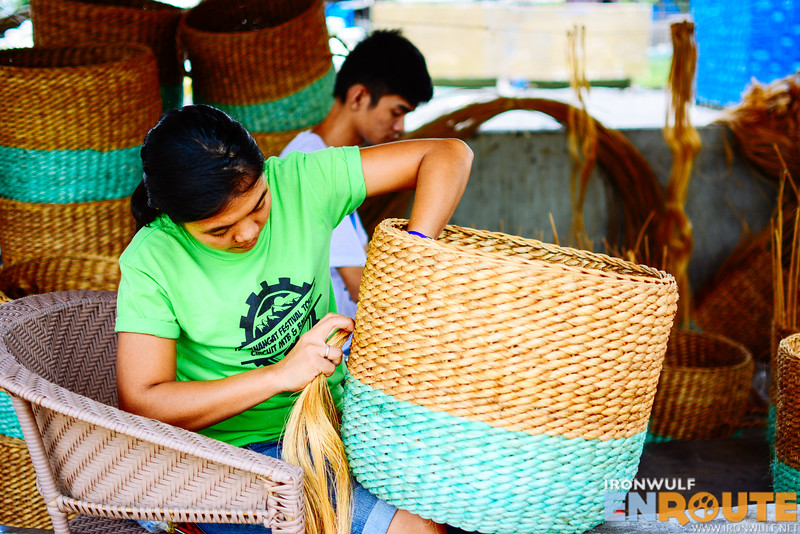 Putting the basket handles