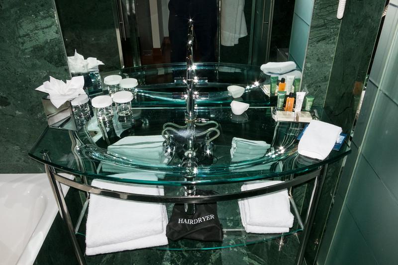 Glass sink, Hilton, Madrid