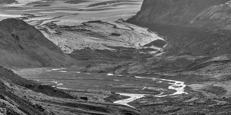 Mýrdalsjökull along hike from Emstrur to þorsmörk.