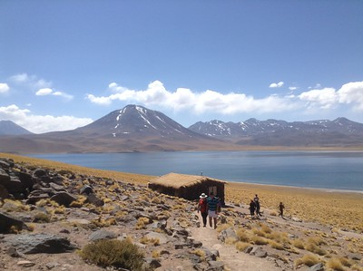 To the altiplano lakes
