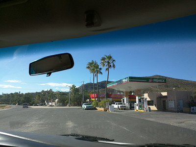 Pemex/Oxxo station on M1 outside Los Barilles.