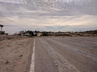 SE end of runway facing HPPP