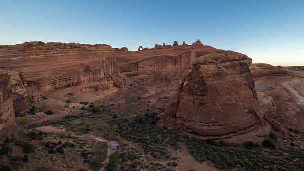 Delicate Arch upper viewpoint.