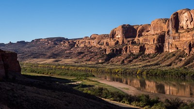 The Colorado River along route 279 at the Corona Arch trail head.