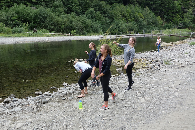 Rock throwing competition