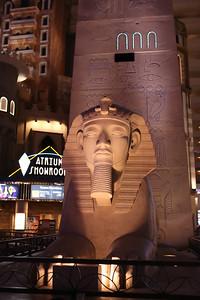 16 11 11 Las Vegas Strip-13