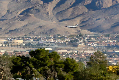 16 11 13 Nellis AFB Air Show-103