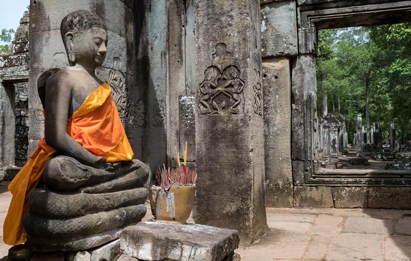 Angkor Thom, 13th century Buddhist temple.