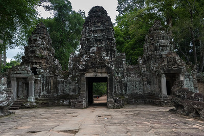 Entrance gate and causeway - Preah Khan - 12c Angkor-area Buddhist temple.