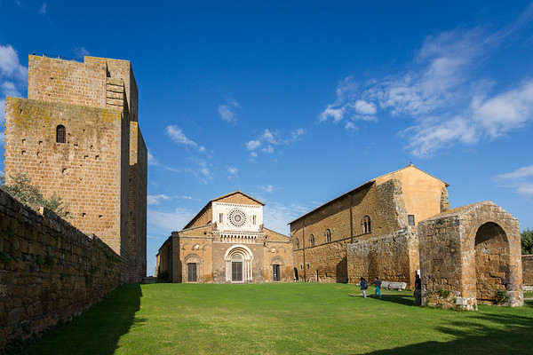SanPietroChurch-Tuscania10-08-16