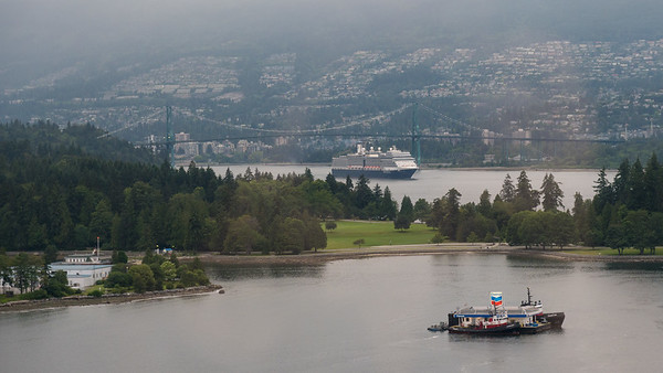 The Nieuw Amsterdam arriving in Vancouver, BC.