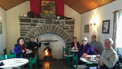 Lunch at Cafe in Dun Aengus, Inis Mor, Aran Isles, Ireland: Carolyn, Phil, Mary, Jan, Wes, Chris