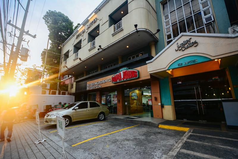 Jupiter Suites hotel facade